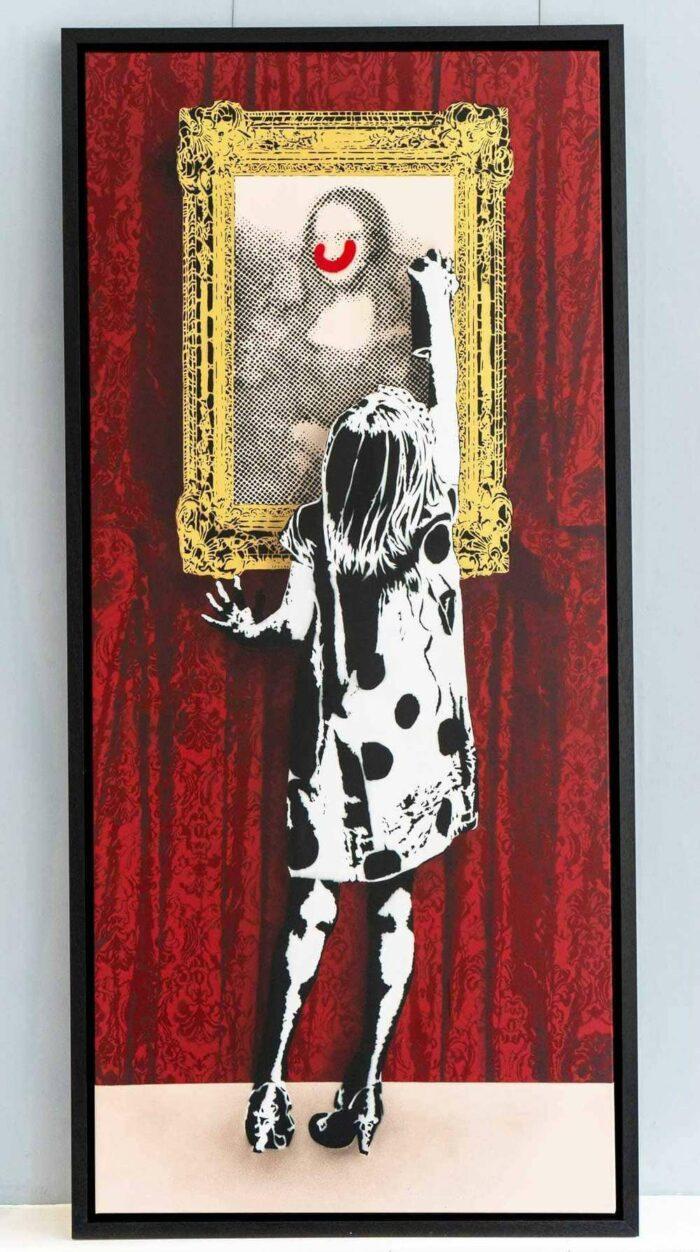 Indigo Get'S Up (Red Curtain)