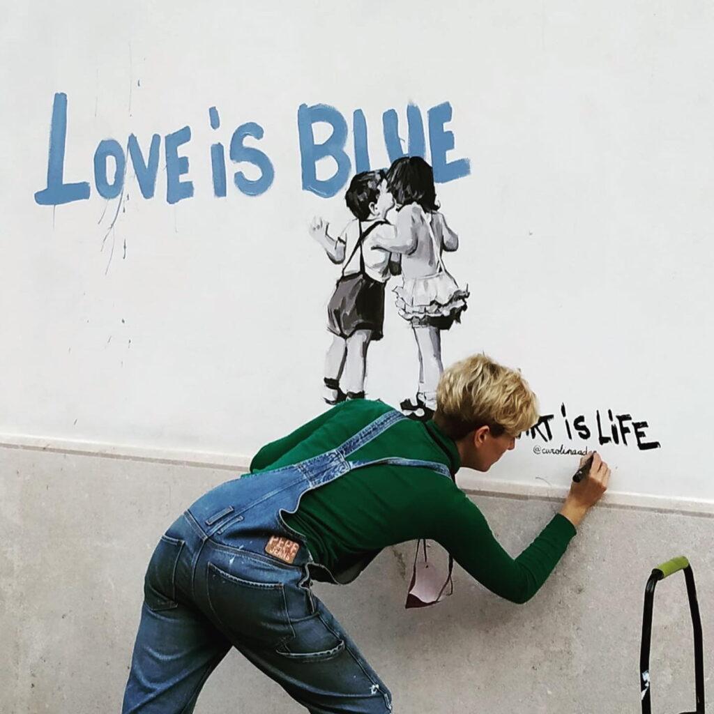 Carolina Adan - Love is blue mural